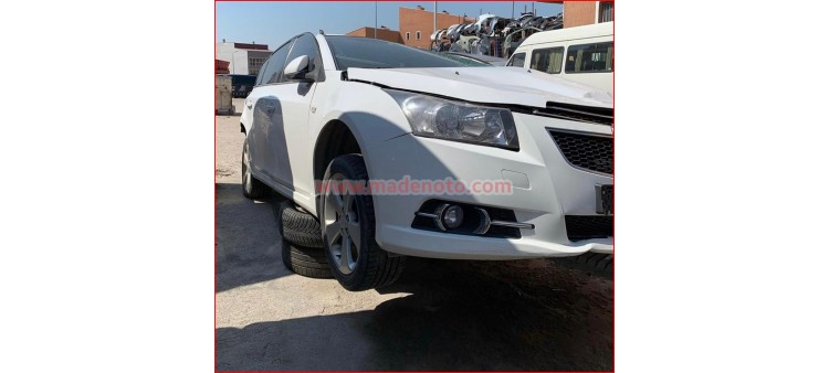 Chevrolet Cruze Sağ Far