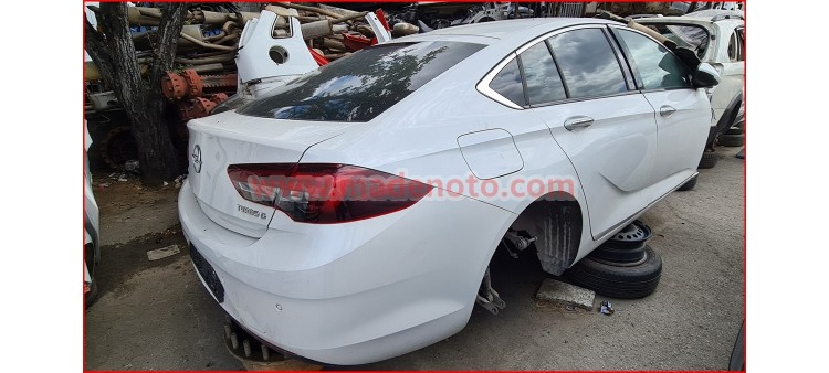 Opel insignia Çıkma Çamurluk